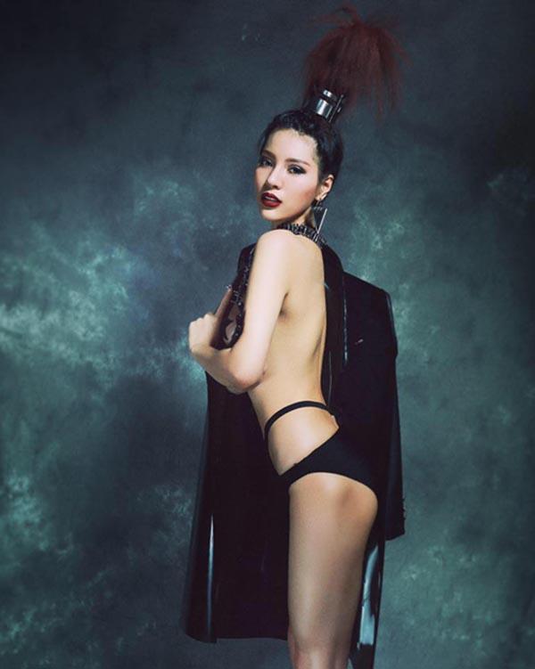 Vẻ đẹp nóng bỏng của nhan sắc Việt được mệnh danh là Mỹ nhân quyến rũ nhất châu Á - Ảnh 8.